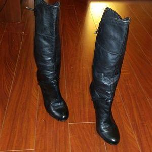 Report soft black leather boota
